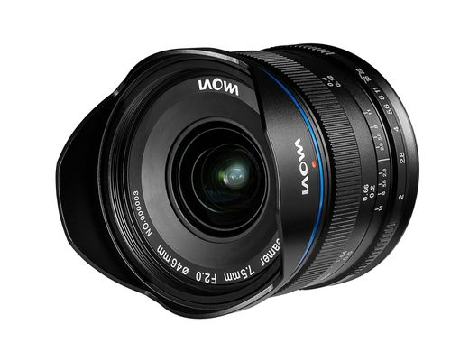 Venus Optics Laowa 7.5mm f/2 MFT
